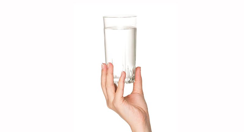 Egy pohár víz